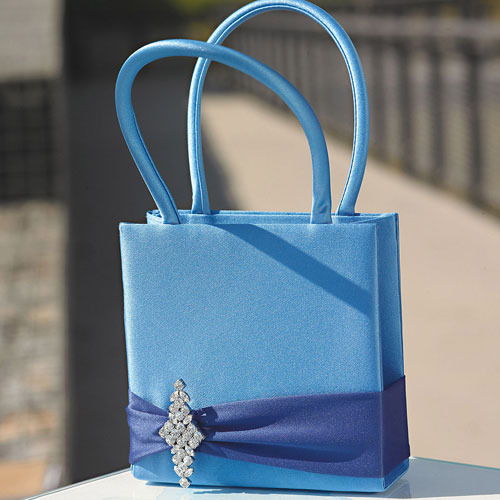 http://www.weddingfavoursaustralia.com.au/products/the-crystal-colour-personality-petal-purse