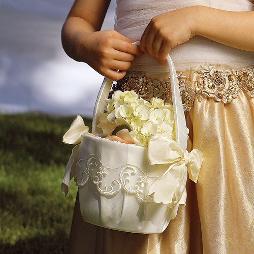 http://www.weddingfavoursaustralia.com.au/t/stationeries/flower-girl-baskets